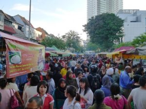 bazaar-ramadhan-taman-tun-dr-ismail-ttdi3
